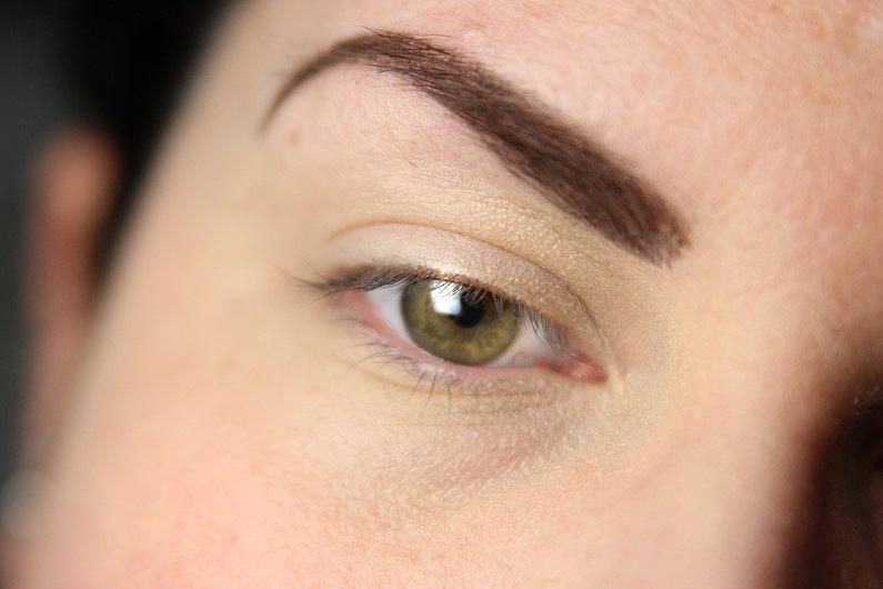 Ultra Violet Smokey Eyes - Schritt 1