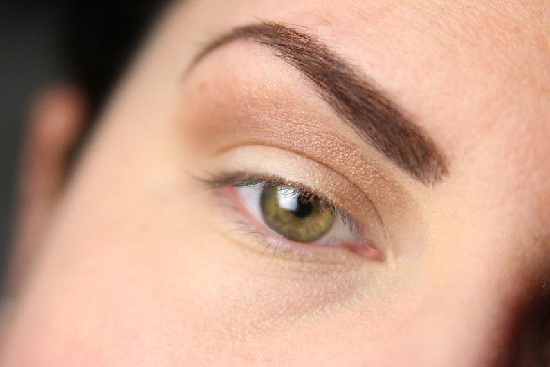 Ultra Violet Smokey Eyes - Schritt 2