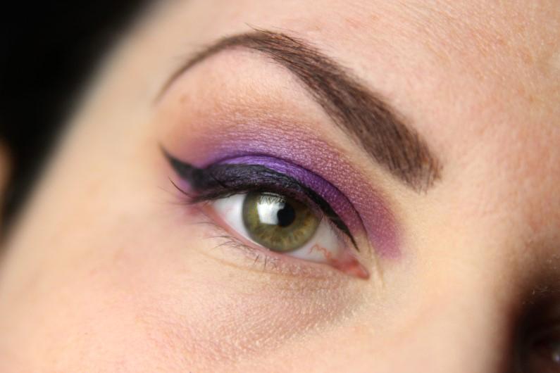 Ultra Violet Smokey Eyes - Schritt 6