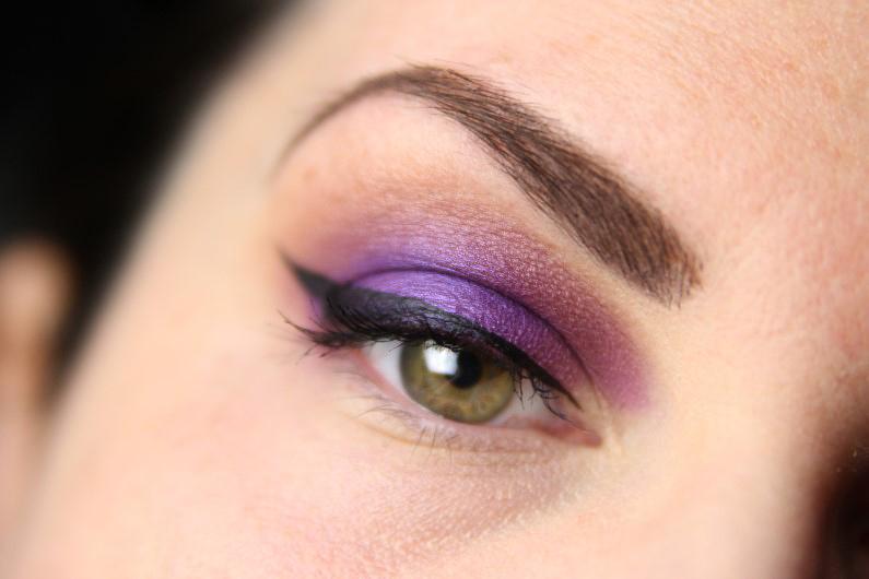 Ultra Violet Smokey Eyes - Schritt 7