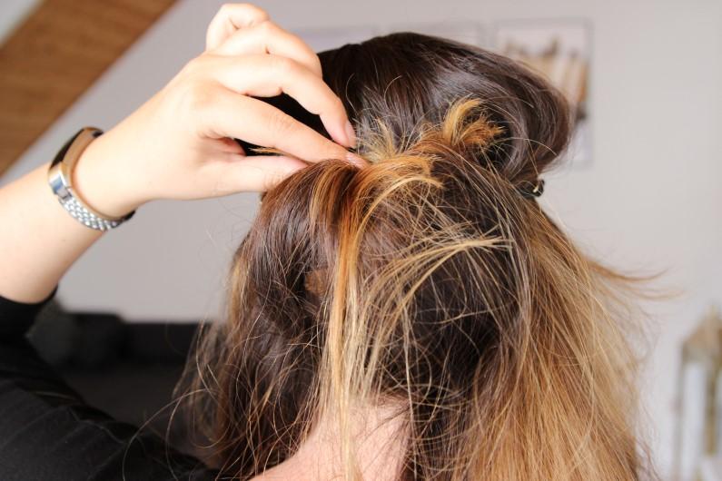 Festivalfrisur mit Haarband - Schritt 2
