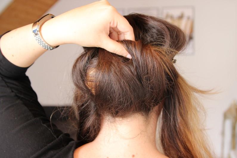 Festivalfrisur mit Haarband - Schritt 4
