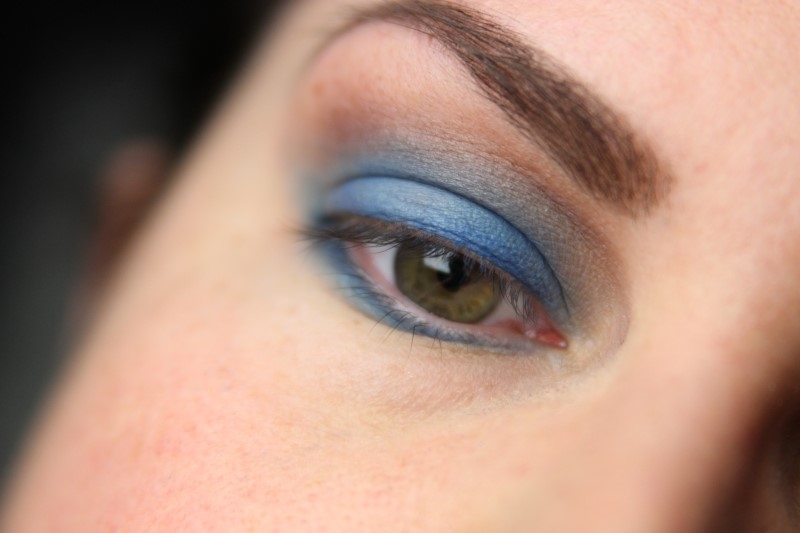 Blue Eyes Makeup - Schritt 5