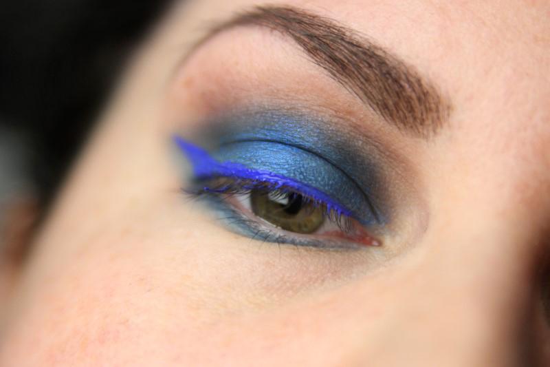 Blue Eyes Makeup - Schritt 6