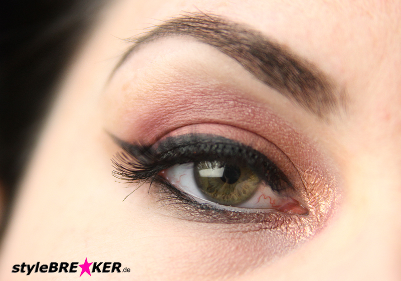 Beauty Inspiration - Make-Up in Brauntönen & Rosegold Accessoires 1e