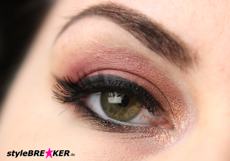 Beauty Inspiration - Make-Up in Brauntönen & Rosegold Accessoires 1g