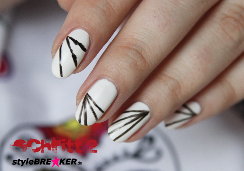 Halloween Nailart Spiderweb