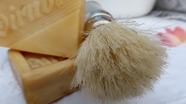 Bartpflege Schneiden und Trimmen