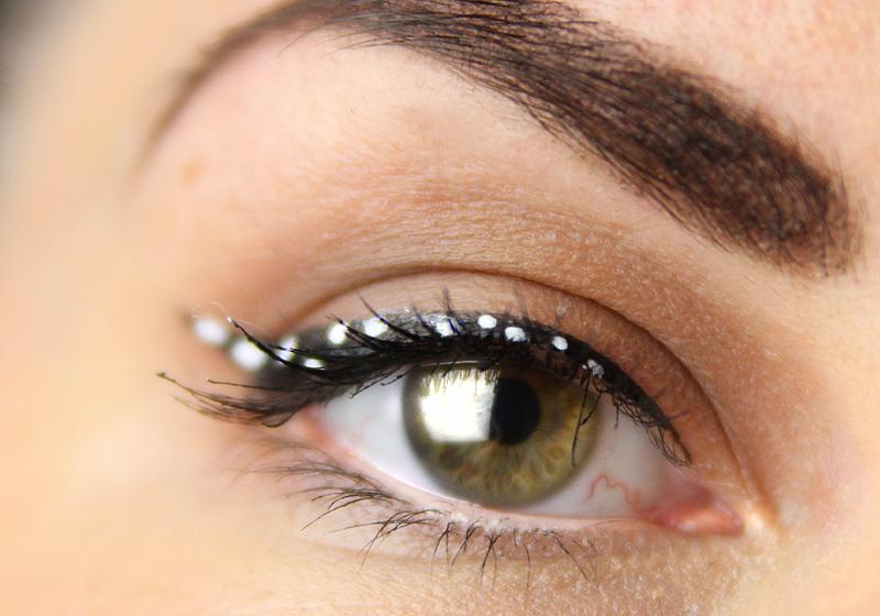 Makeup Holi Look - Schritt 3