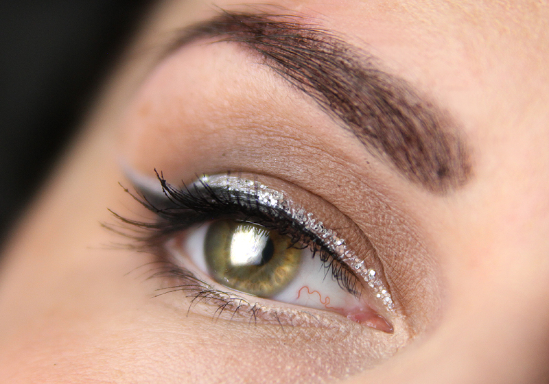 Smokey Eyes mit Glitzerliner 1b