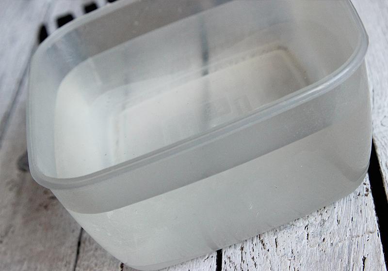 Tassen selbst gestalten Water Marbeling - Schritt 1